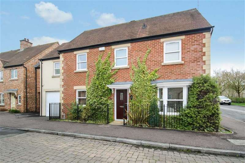 4 Bedrooms Semi Detached House for sale in Barcote Close, Redhouse, Swindon
