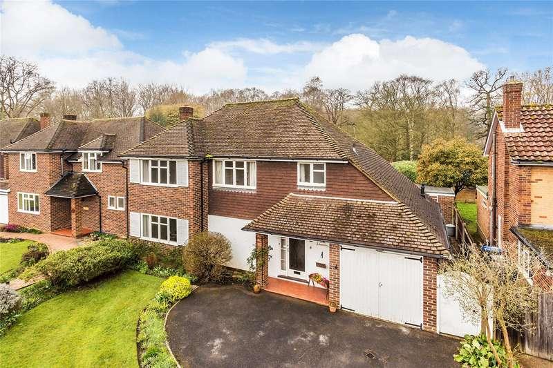 4 Bedrooms Detached House for sale in Sandalwood Avenue, Chertsey, Surrey, KT16