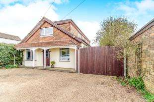 4 Bedrooms Detached House for sale in The Moorings, Chatham Road, Sandling, Maidstone