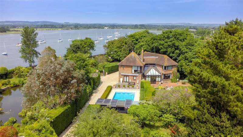 4 Bedrooms Detached House for sale in Dell Quay Road, Dell Quay, West Sussex, PO20