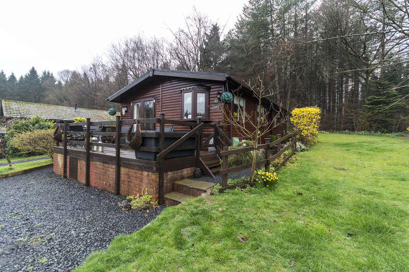 2 Bedrooms Park Home Mobile Home for sale in Coppice Gate, Button Bridge, Kinlet