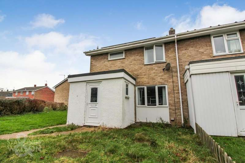 3 Bedrooms Semi Detached House for sale in Ashley Walk, Dereham