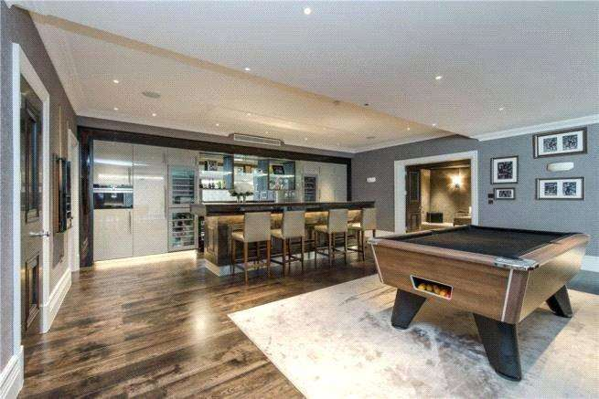 7 Bedrooms Detached House for rent in Roedean Crescent, London, SW15