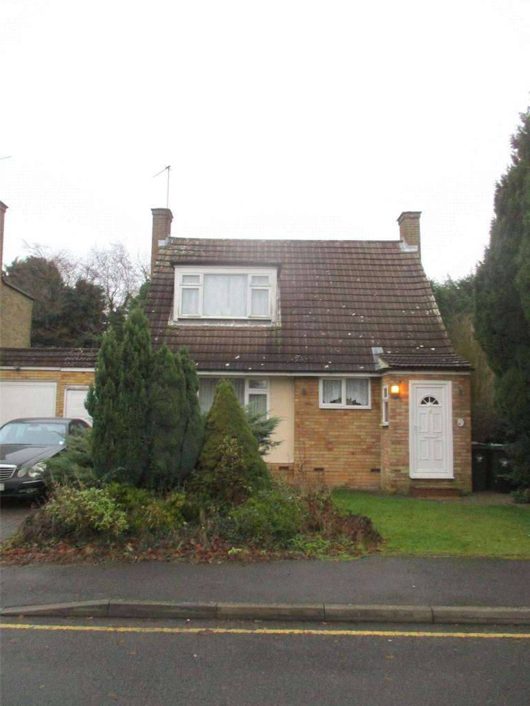 3 Bedrooms Detached House for rent in Garnetts, Takeley, Bishop's Stortford, Hertfordshire