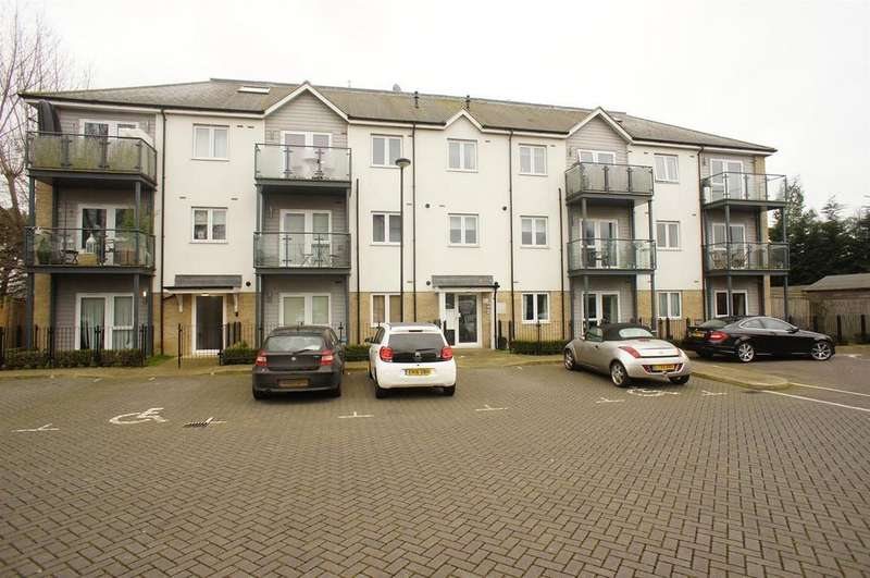 1 Bedroom Apartment Flat for sale in Louisa Oaks Close, Chingford
