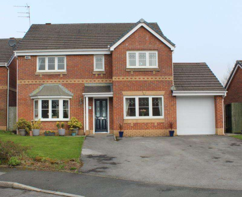5 Bedrooms Detached House for sale in Botesworth Green, Milnrow, Rochdale, OL16 3PJ