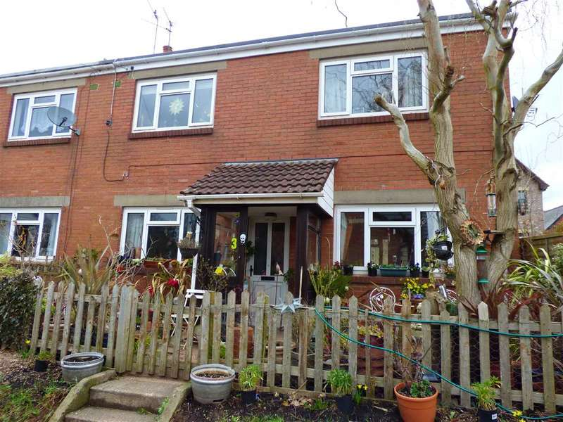 3 Bedrooms Semi Detached House for sale in Lawrence Crescent, Caerwent, Caldicot