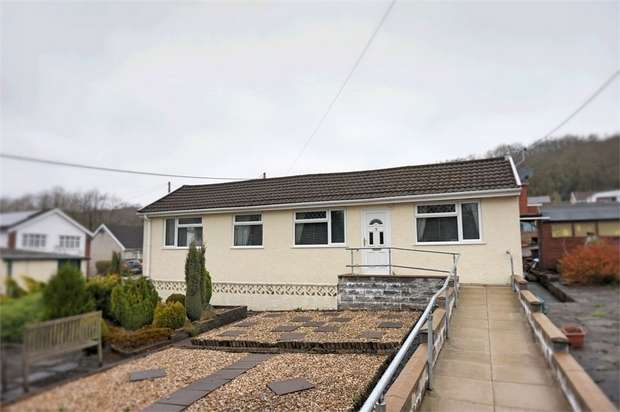 2 Bedrooms Detached Bungalow for sale in 1 Waungron, Glynneath, Glynneath, Neath