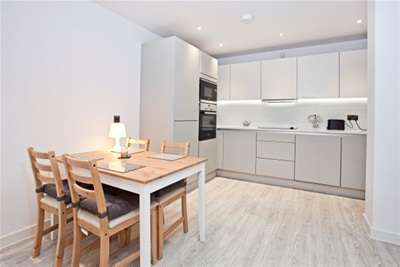 2 Bedrooms Flat for rent in Leetham House, York, YO1
