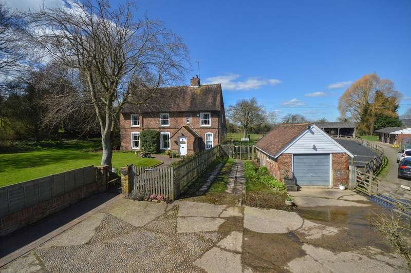 3 Bedrooms Farm House Character Property for sale in Brook, TN25