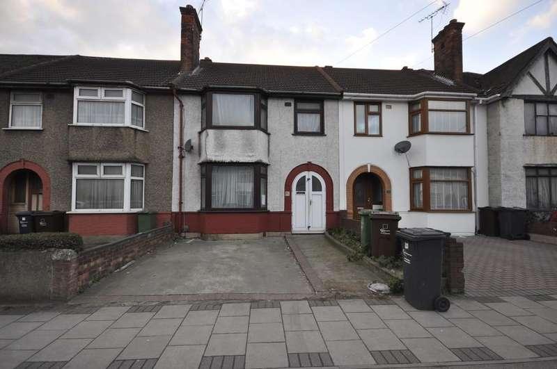 3 Bedrooms Terraced House for sale in Ballards Road, Dagenham