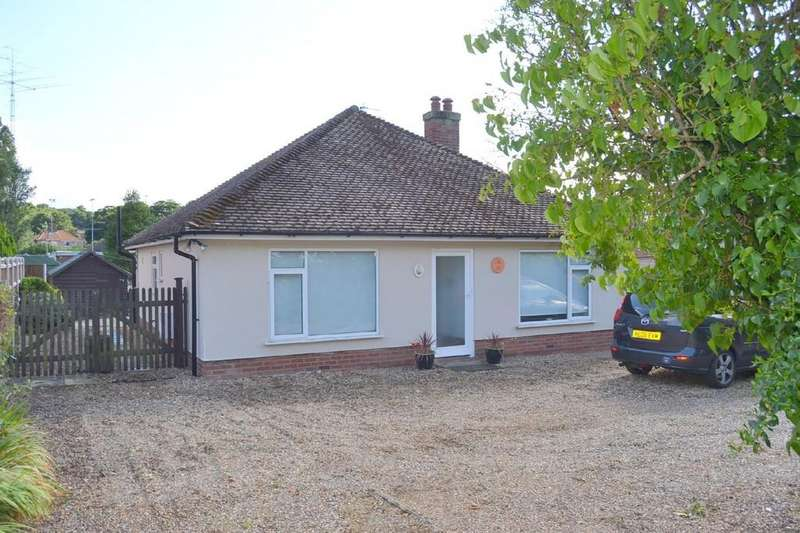 3 Bedrooms Detached Bungalow for rent in Overstrand Road, Cromer