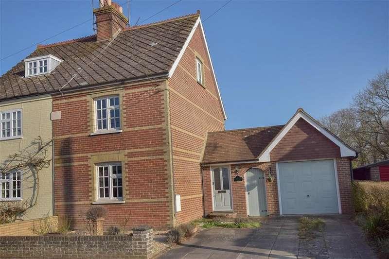 4 Bedrooms Semi Detached House for sale in Durbans Road, Wisborough Green, Billingshurst, West Sussex