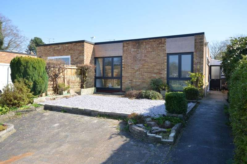 3 Bedrooms Semi Detached Bungalow for sale in Buriton Road, Winchester, SO22