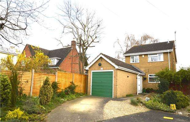 3 Bedrooms Detached House for sale in All Saints Terrace, CHELTENHAM, Gloucestershire, GL52 6UA