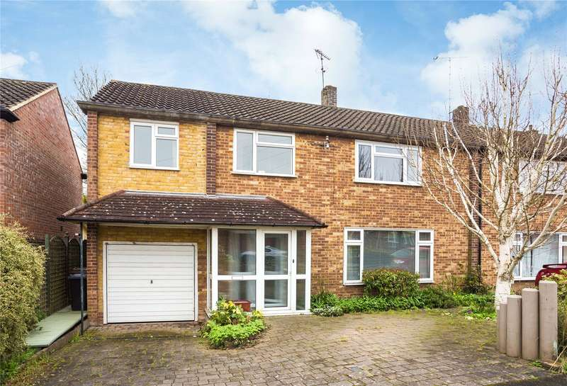 4 Bedrooms Semi Detached House for sale in Hunter Avenue, Shenfield, Brentwood, Essex