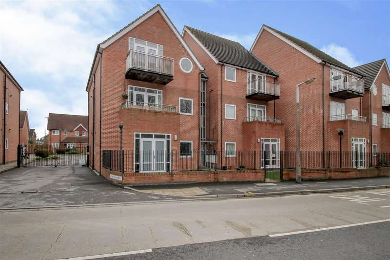 2 Bedrooms Flat for sale in Brook Chase Mews, Chilwell