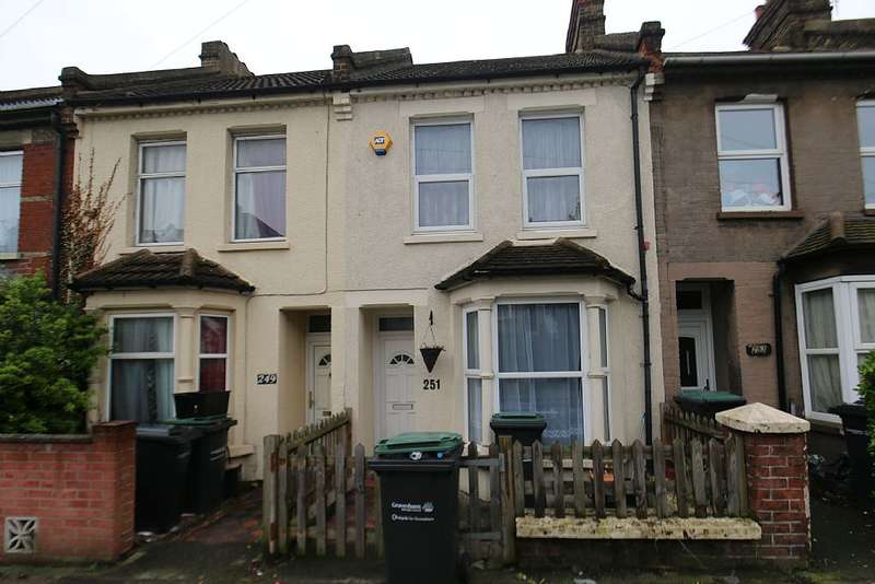 2 Bedrooms Terraced House for sale in Old Road West, Gravesend, Kent, DA11 0LU