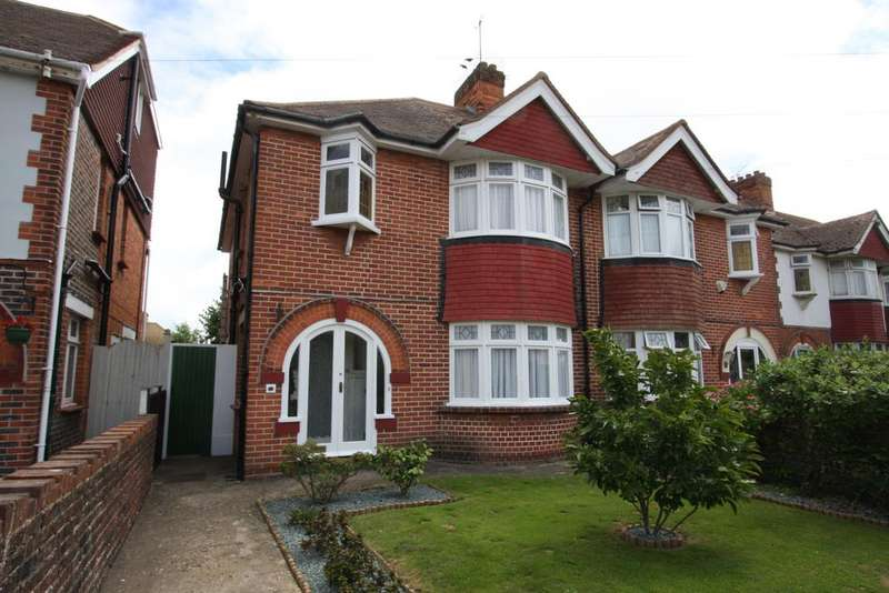 3 Bedrooms Semi Detached House for sale in Kinfauns Avenue, Eastbourne BN22