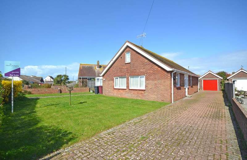 3 Bedrooms Detached Bungalow for sale in Saint Itha Road, Selsey, PO20