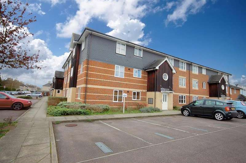 1 Bedroom Ground Flat for sale in Wenham Place, Hatfield
