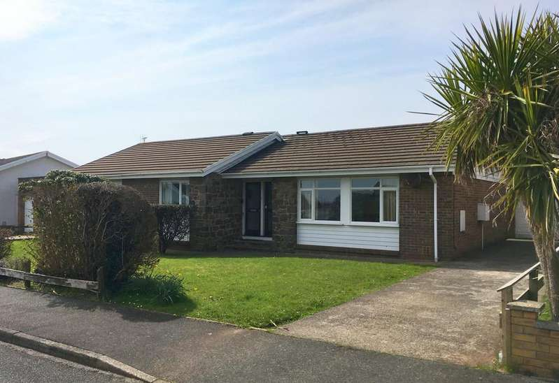 3 Bedrooms Detached Bungalow for sale in Ramsey Drive, Milford Haven