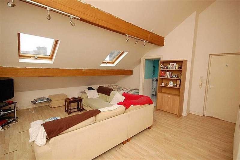 1 Bedroom Flat for sale in Wellington Street, Lindley, Huddersfield, HD3