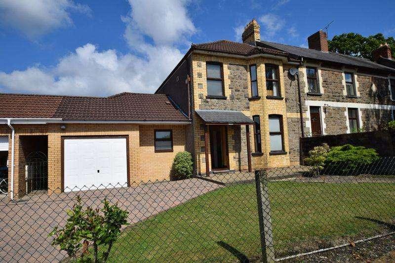 3 Bedrooms Terraced House for sale in Brynhyfryd, Croesyceiliog