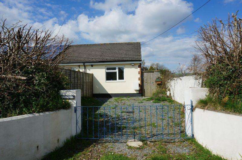 1 Bedroom Semi Detached Bungalow for sale in Station Road, Yelverton