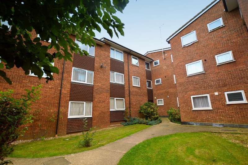 2 Bedrooms Apartment Flat for sale in Marsh Road, Luton, Bedfordshire, LU3 2RB