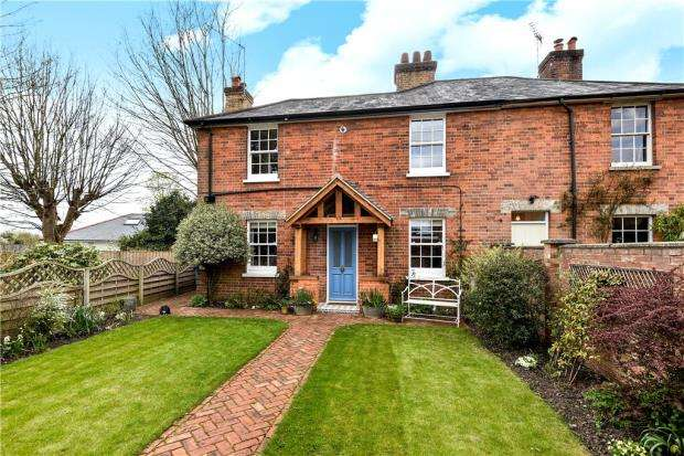 2 Bedrooms Semi Detached House for sale in Altwood Road, Maidenhead, Berkshire