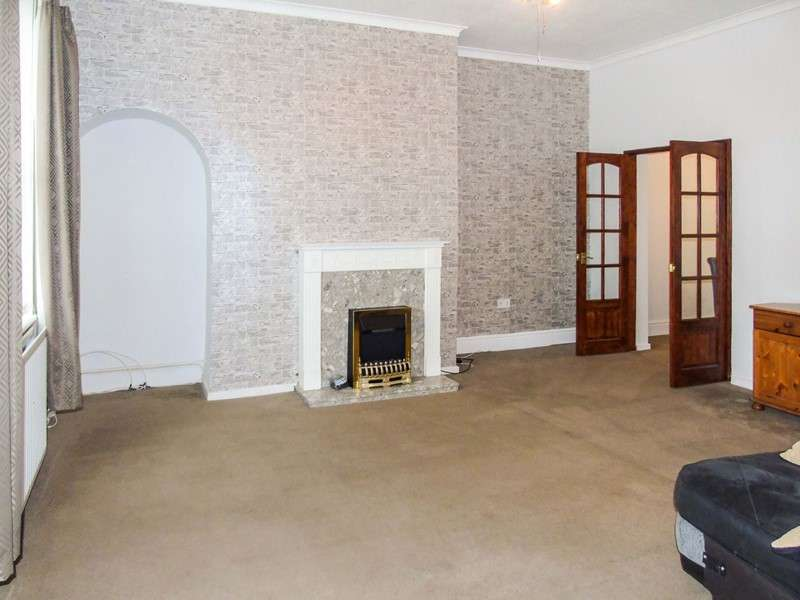 3 Bedrooms Maisonette Flat for sale in North Road, Wallsend, Newcastle Upon Tyne, Tyne and Wear, NE28 8RH