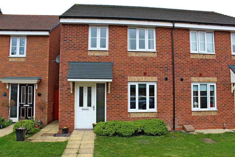 3 Bedrooms Semi Detached House for sale in Cloisters Way, St Georges, Telford