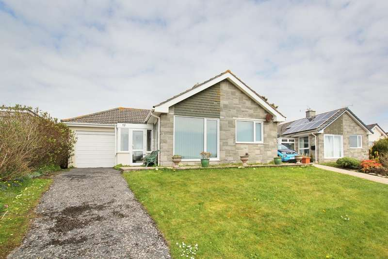 3 Bedrooms Detached Bungalow for sale in Heybrook Bay, Plymouth