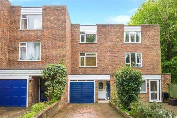 3 Bedrooms Terraced House for sale in Townfield, Rickmansworth, Hertfordshire, WD3