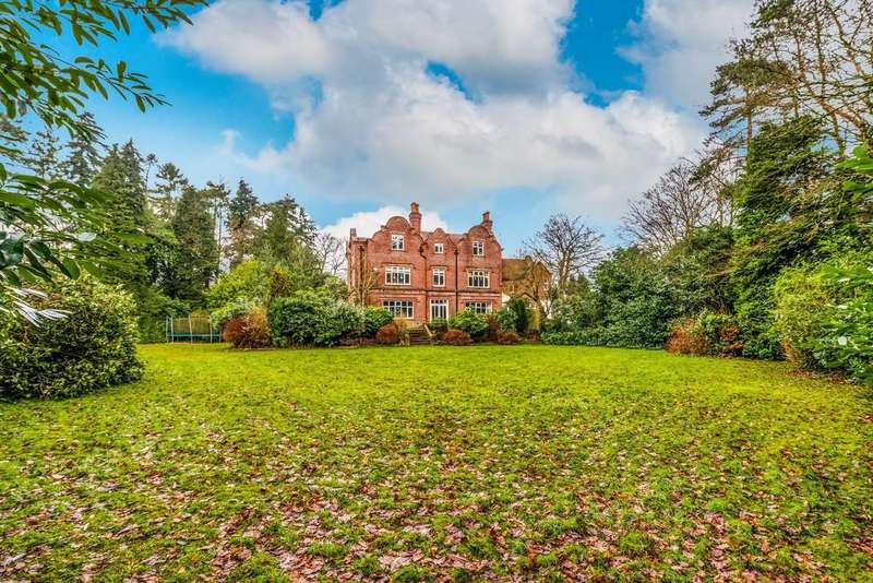 7 Bedrooms House for sale in Churt Road, Hindhead