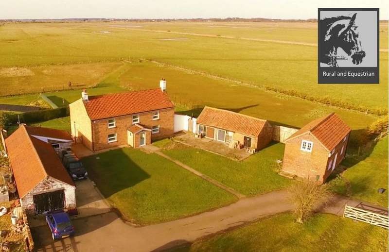 4 Bedrooms Equestrian Facility Character Property for sale in Saltfleetby, Lincolnshire