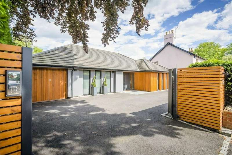 4 Bedrooms Detached House for sale in Windhill, BISHOP'S STORTFORD, Hertfordshire