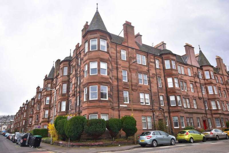 2 Bedrooms Flat for sale in 15 (3f3), Piershill Place, Edinburgh, EH8 7EH