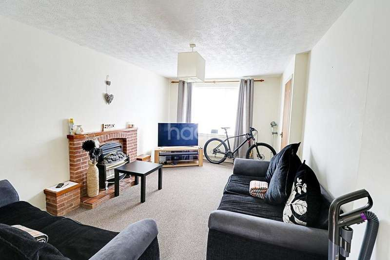 3 Bedrooms Semi Detached House for sale in Plaza Gardens, Basford