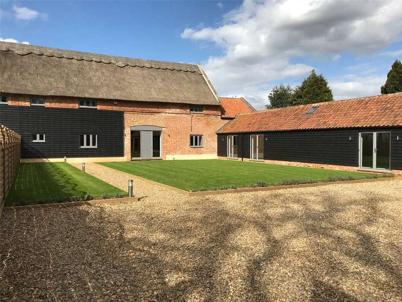 5 Bedrooms Unique Property for sale in Shorthorn Barn, Home Farm Barns, Sloley Road, Sloley, NR12