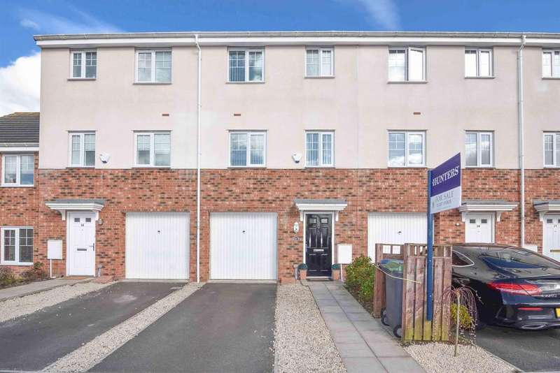 4 Bedrooms Terraced House for sale in The Green, Consett, DH8 5BG