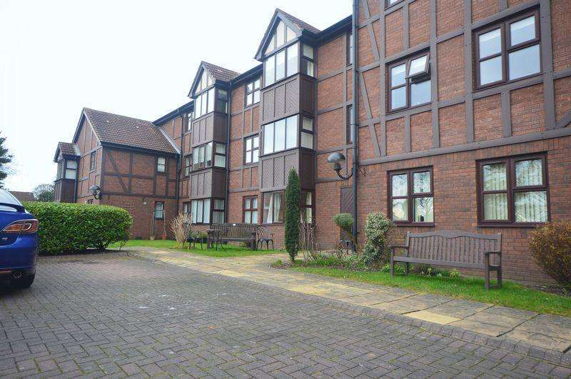 1 Bedroom Apartment Flat for sale in Tudor Court, Grassendale