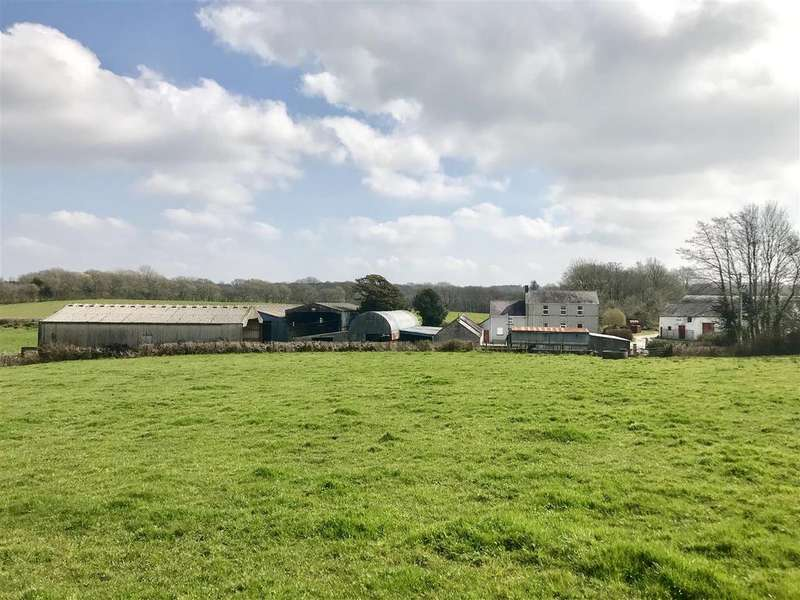 3 Bedrooms Smallholding Commercial for sale in Capel Dewi, Carmarthen