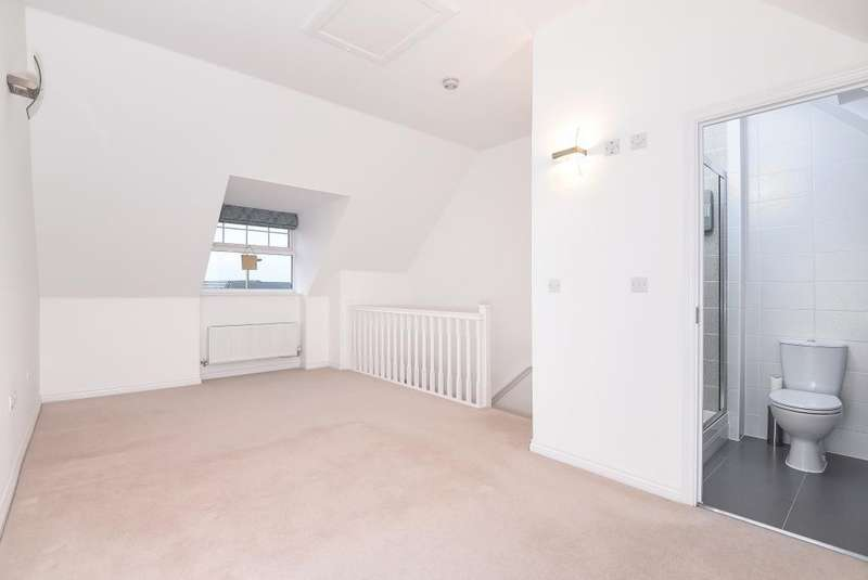 4 Bedrooms House for rent in Didcot, Harwell, OX11
