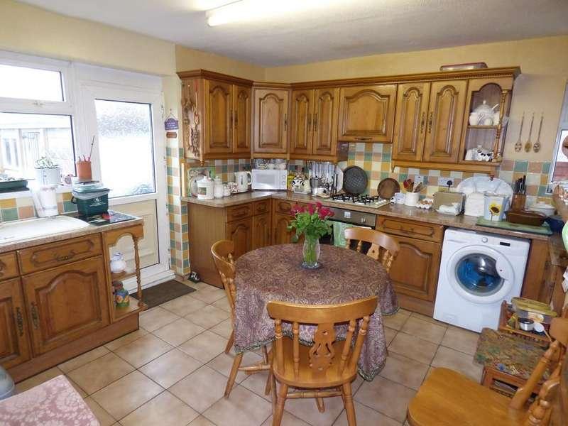 3 Bedrooms Semi Detached House for sale in Birchgrove Road, Birchgrove, Swansea, SA7
