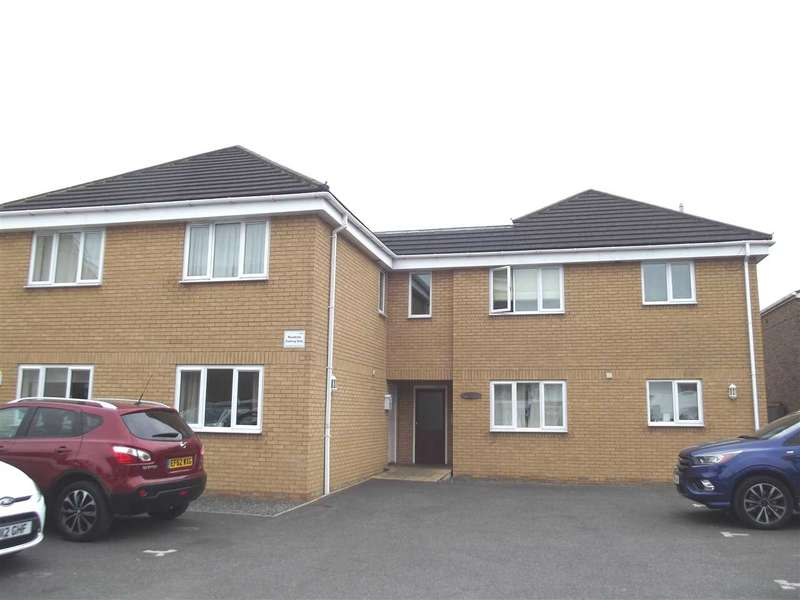 2 Bedrooms Maisonette Flat for sale in Riverside, Salisbury Road, Hoddesdon