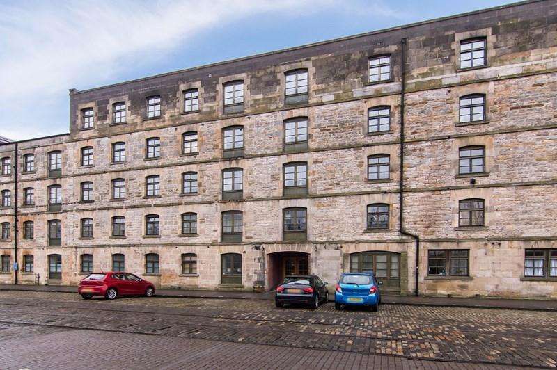 2 Bedrooms Property for sale in 102/76 Ocean Apartments, Commercial Street, The Shore, Edinburgh, EH6 6LT