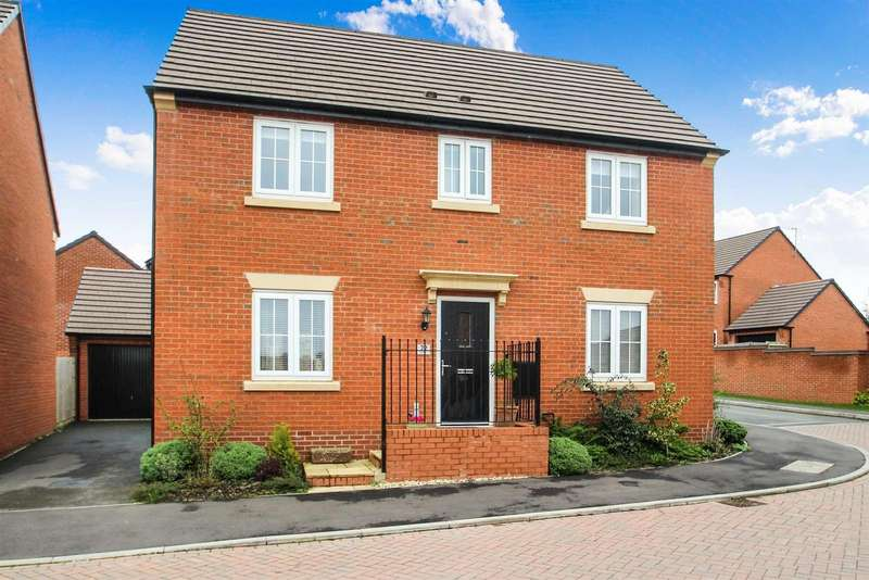 4 Bedrooms Property for sale in Burrow Drive, Rothley, Leicester