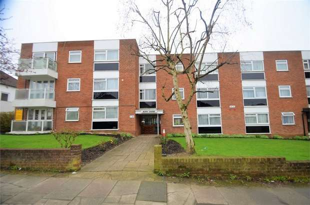2 Bedrooms Flat for sale in Bays Court, Hale Lane, Edgware, HA8, Middlesex